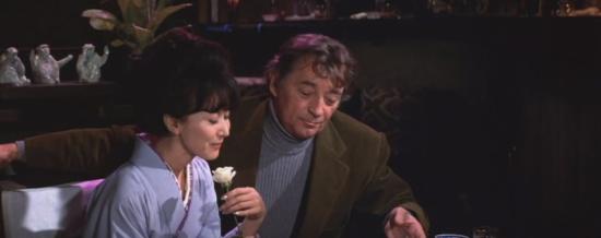 Eiko-keiko-kishi-and-robert-mitchum